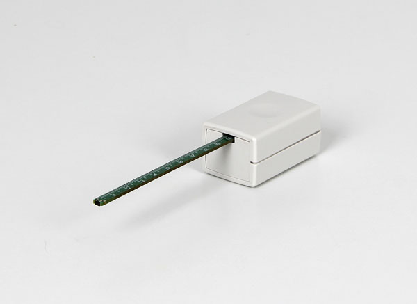 Magnetic field sensor M, ±100 mT