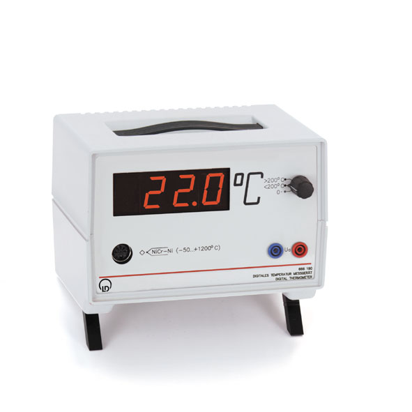 Digital thermometer with one input
