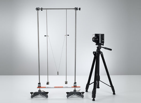 Coupled pendulum - Recording and evaluating with VideoCom