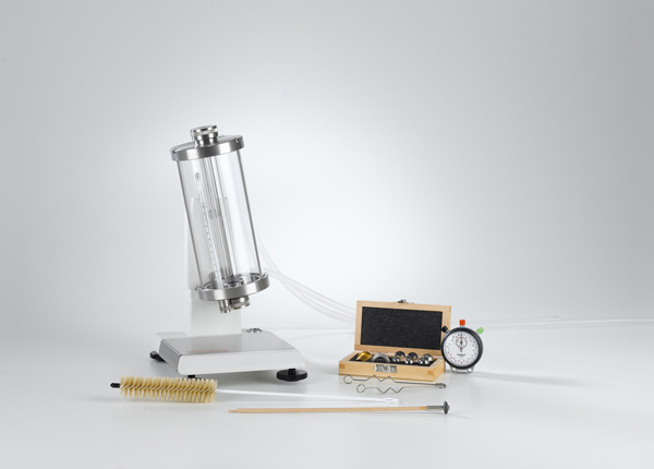 Determination of viscosity with the falling ball viscometer according to Höppler