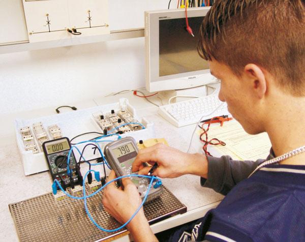 Ü 6 Grundlagen der Elektronik, SB-System, Komplettausstattung