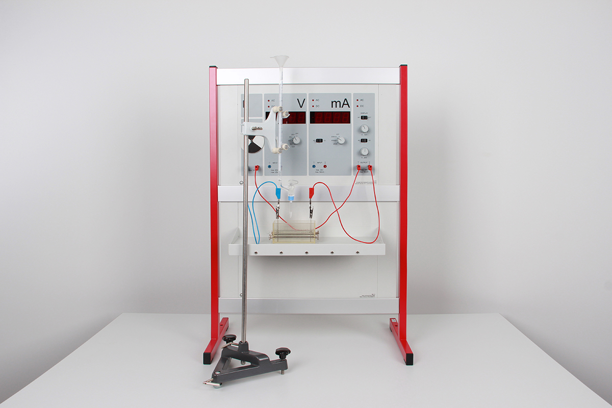Conductometric titration using the Electrochemistry demonstration unit